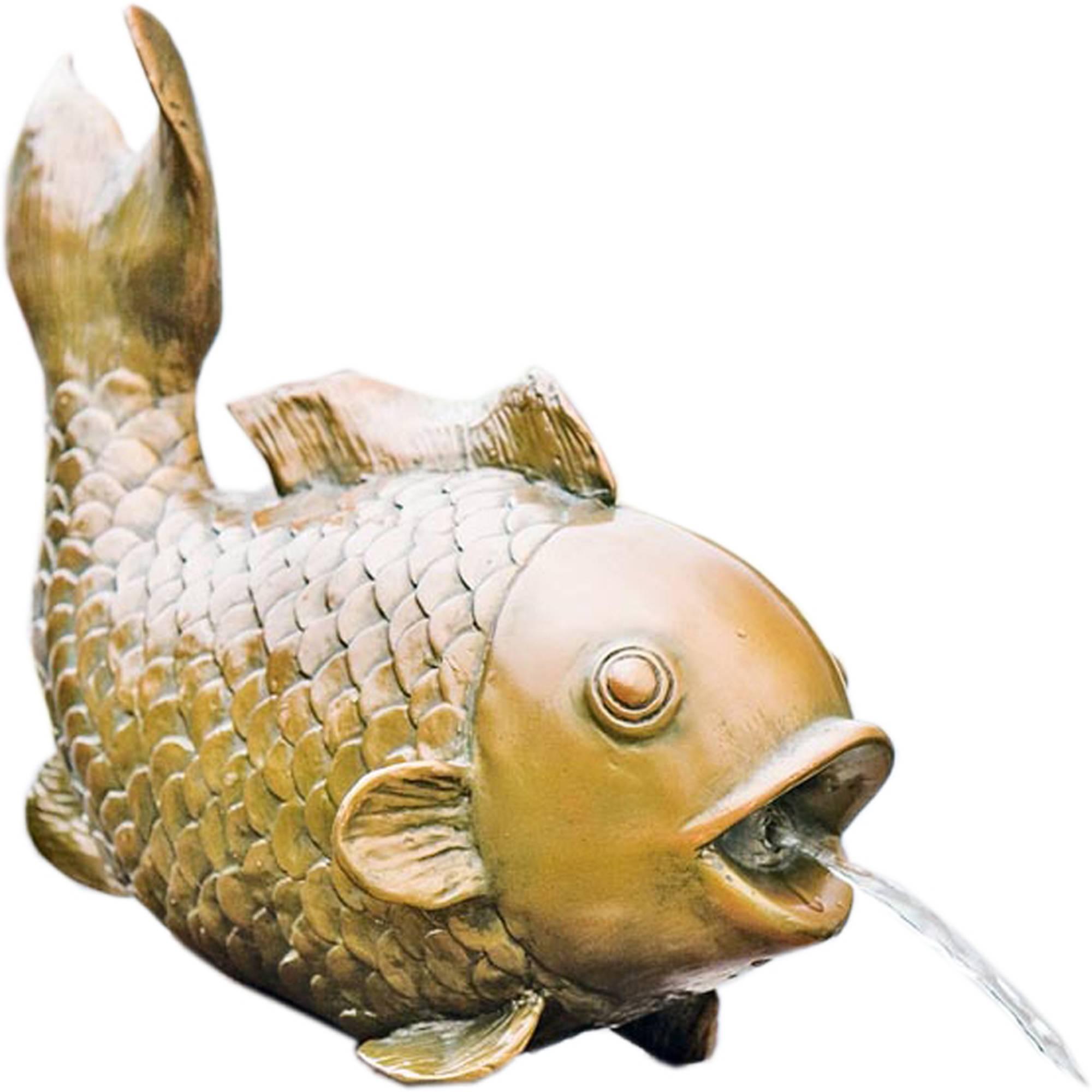 Wasserspeier goldener Fisch freigestellt