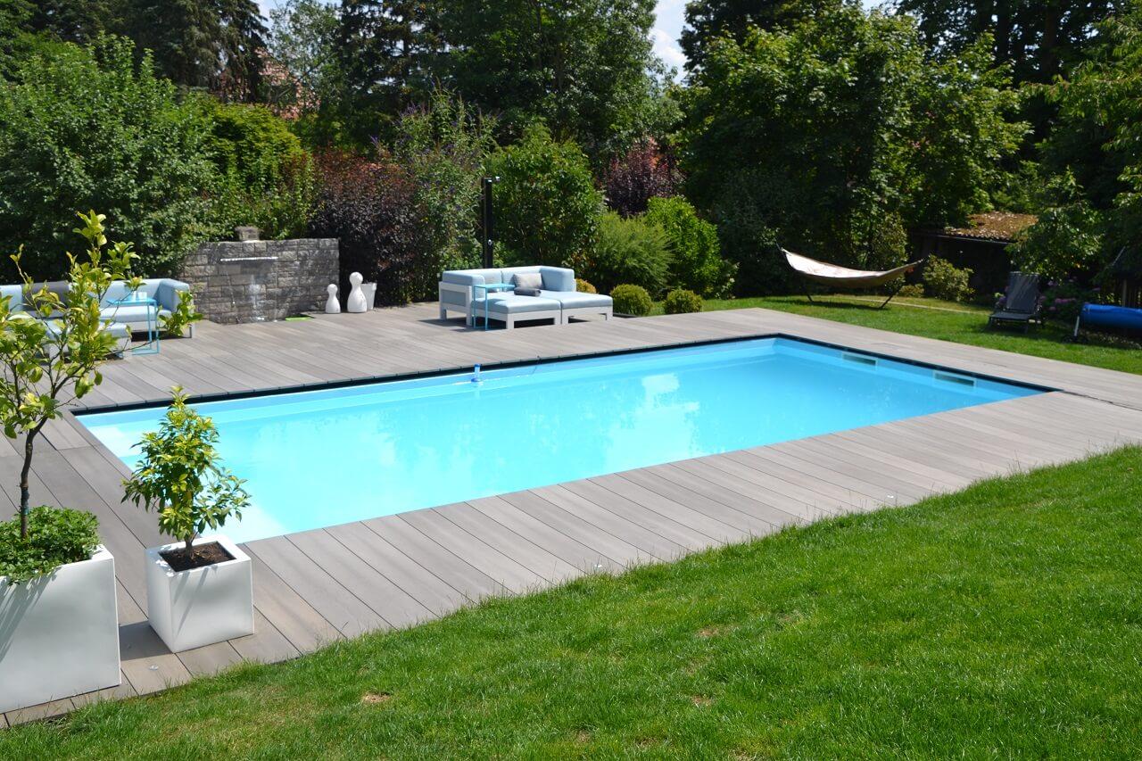 Pool eingebaut