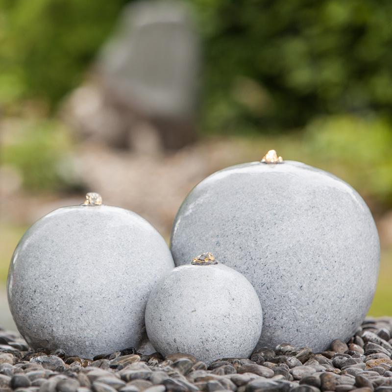 Heissner Gartenbrunnen Saphira LED grau